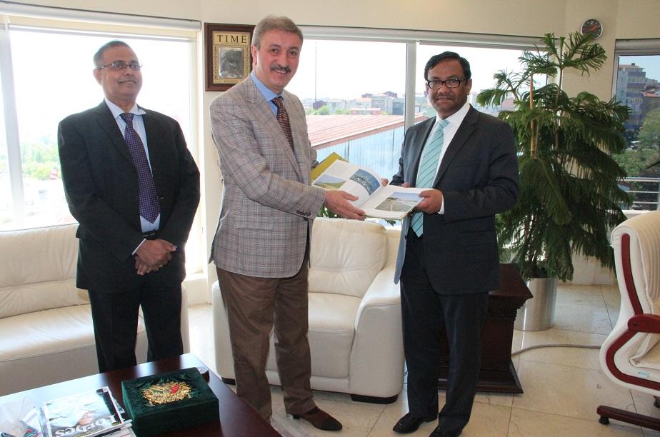 Bangladeş Türkiye Büyükelçisi M.Allama Siddiki Genel Müdürümüz Fahrettin Soran'ı ziyaret etti