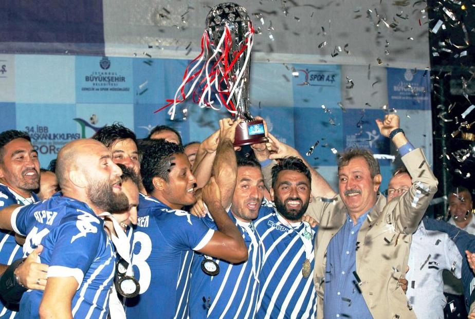 İstaç Futbol Takımı İBB Süper Kupa Birincisi Oldu