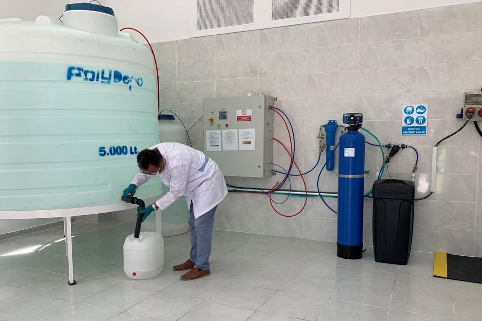 İBB-İSTAÇ, dezenfektan üretmeye başladı